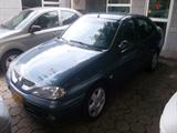 Renault Megane 1.4 Mecánico Aire 2008