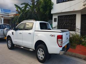 Ford Ranger 3.2 Limited 4x4 Mecánica 2014