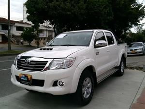 Toyota Hilux 3.0 4x4 Doble Cabina Diesel Srv Mecánica 2014