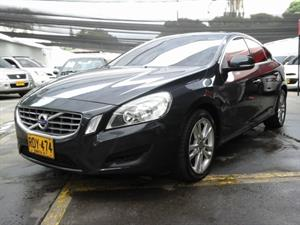 Volvo S60 2.0 T Mecánico 2011