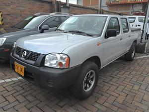 NISSAN D22 Frontier 2.4 4x2 Doble Cabina DX Gasolina DH A.A 2015