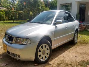 AUDI A4 1.8 Luxury Turbo Multitronic 2000