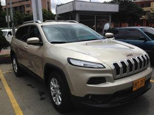 Jeep Cherokee Longitude Plus 2015