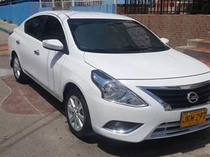 NISSAN Versa Advance 2018